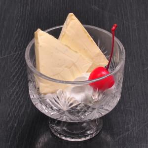 バニラビーンズのチーズアイス-300x300